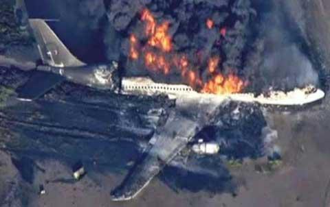 Clip toàn quá trình máy bay Malaysia bị bắn rơi