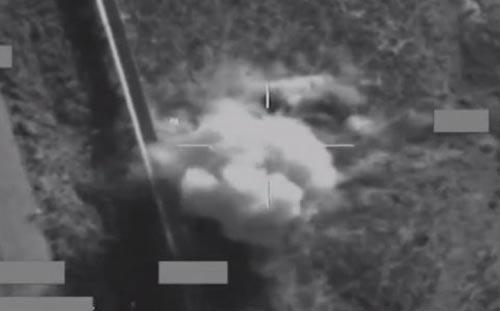 Xem chiến đấu cơ Anh bắn tan xác mục tiêu IS