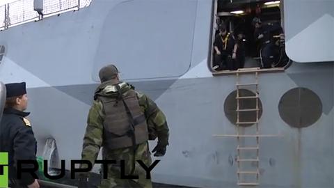 Một loạt tàu chiến Thụy Điển truy tìm 'tàu lạ'