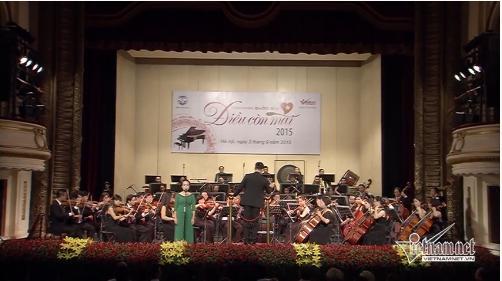 Watch vietnamnet concert 2015 news vietnamnet - Appartement renove hanoi hung manh tran ...