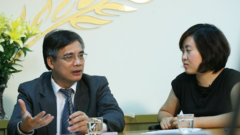 Vietnam too concentrated on economic growth