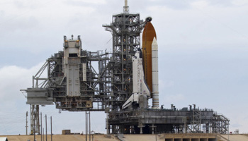 U.S. puts off launch of Discovery till February