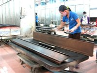 Wooden furniture manufacturers don't fear order shortage, fear higher costs