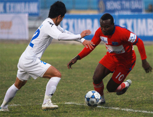 """Arrogant"" footballers at V-League"