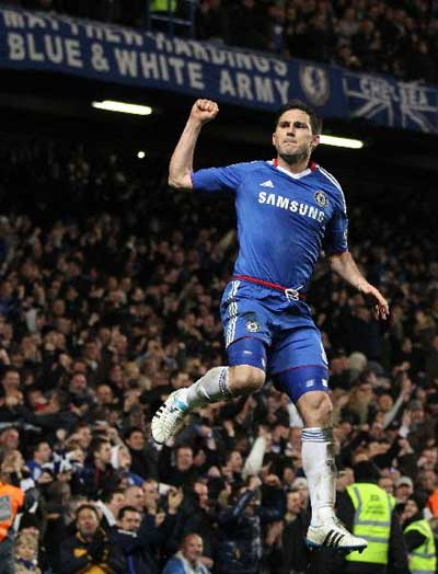 Chelsea fight back to see off Manchester United 2-1