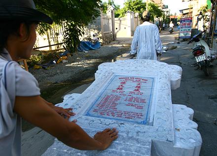 an bang city of ghosts in Hue, an bang tomb city, an bang tomb photos