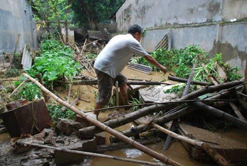 Flash floods devastate Lao Cai province