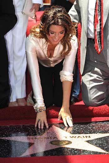 Canadian singer Shania Twain honored on Hollywood Walk of Fame