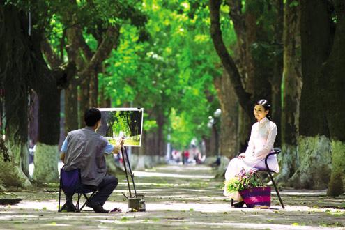 New Hanoi in photo exhibition