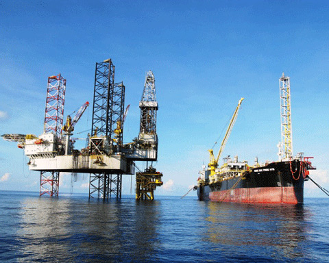 PetroVietnam continues its oil exploration plan in the East Sea