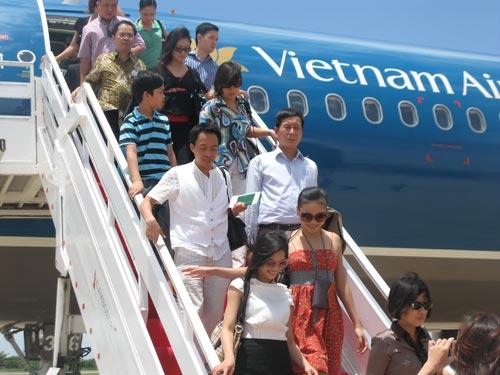 Vietnam's airlines expanding international air routes