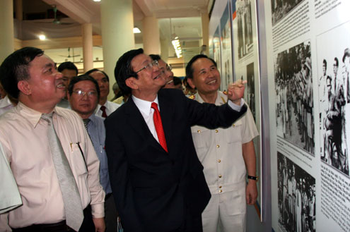 Photos honor General Vo Nguyen Giap's 100th birthday