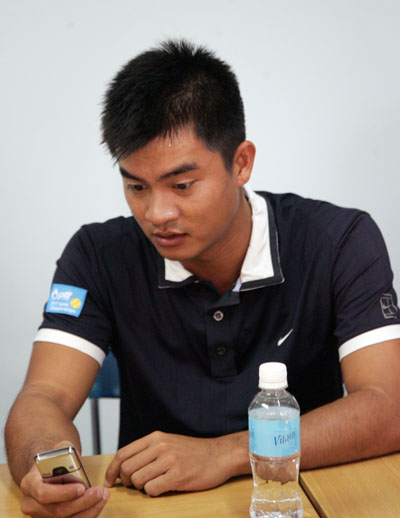 Tennis player accuses coach of bullying