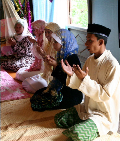 Traditional Wedding Ceremony Of Cham People, culture of Cham ethnic, Cham people, traditional cham wedding