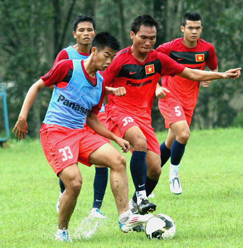 Vietnam asks to change time for Vietnam-Brunei match