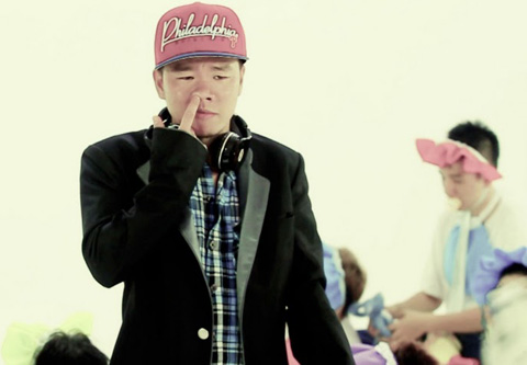 'Disaster' of Vietnam's music ranks highly