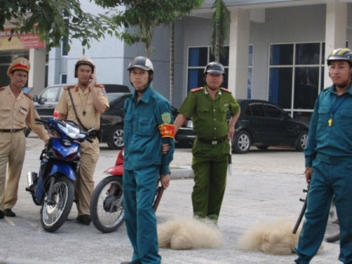 Thanh Hoa: Police seize traffic rule violators by fishing nets