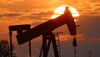 Oil rises amid upbeat economic data, euro zone concerns