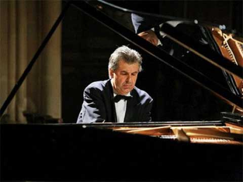 French pianist Michael Bourdoncle to perform at Ha Noi Opera House