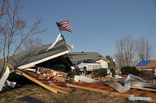 Death toll rises to 12 as tornadoes strike U.S. Midwest, move east
