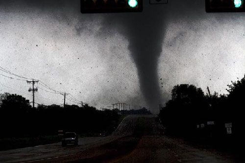 More than a dozen people hurt in Texas tornadoes
