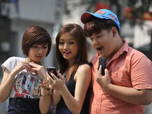 Mobile network operators suddenly speed up on 3G clear road
