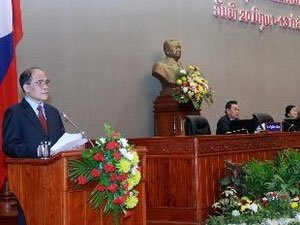 National Assembly Chairman lauds close relations with Laos