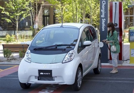 Electric cars don't attract domestic auto manufacturers