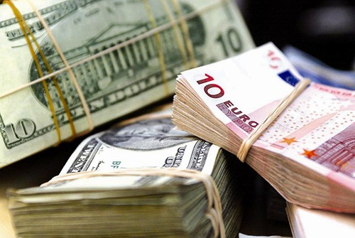 Overseas remittance reduces, Vietnam urged to attract foreign currencies from tourism