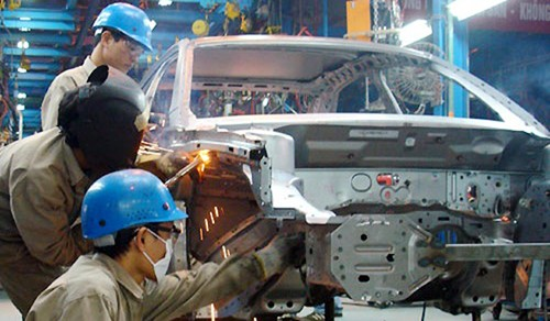 Indonesia in top five car exporters to Vietnam, why?