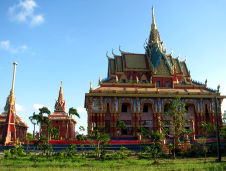 Admire the unique beauty of a Khmer Buddhist temple