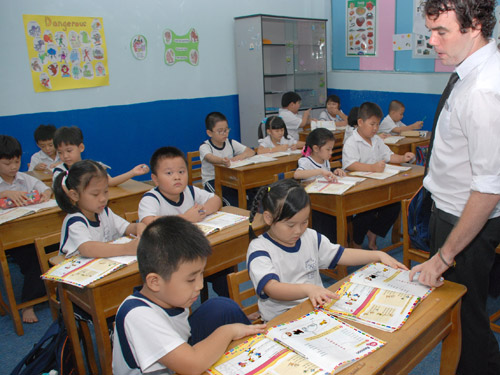 Vietnam, national program, English, teachers, encouragement
