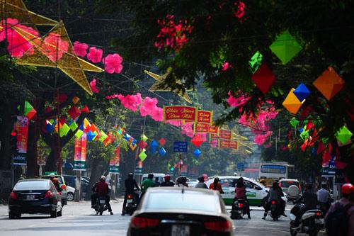 hanoi, decoration, new year, trang tien