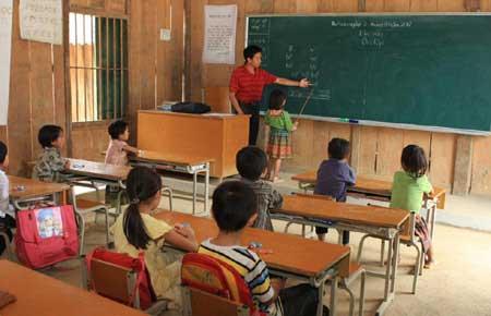 Ethnic students, bilingual education, UNICEF, International Mother Language Day