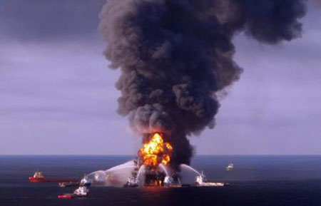 Billions at stake as BP oil spill trial opens