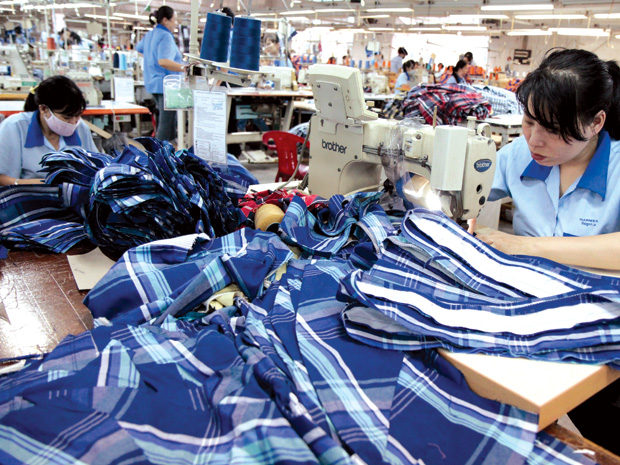 Vietnam, seafood, garment, export turnover, market recovery
