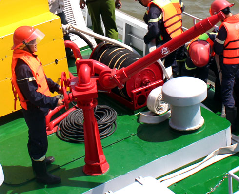 20130304140655 3 Saigon Acquires Its First Modern Fire Fighting Ship
