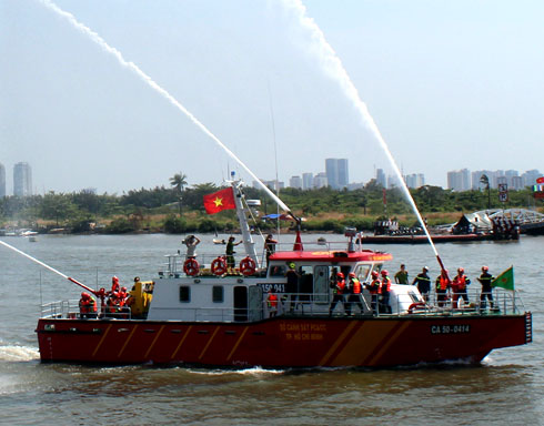 20130304141122 7 Saigon Acquires Its First Modern Fire Fighting Ship