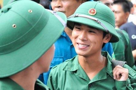 Vietnam, university education, military service, overseas study