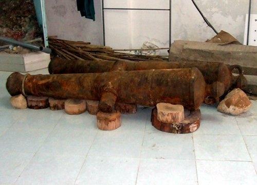 ancient cannon, scrap, ninh thuan, vietnam