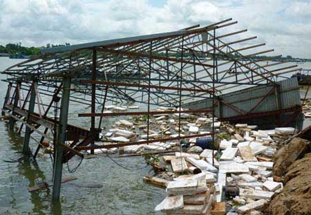 Mekong houses, Soc Trang, Kien Giang, erosion