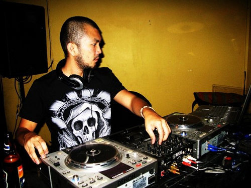 DJ Jase Nguyen, disk jockey, saigon, music, electronic music