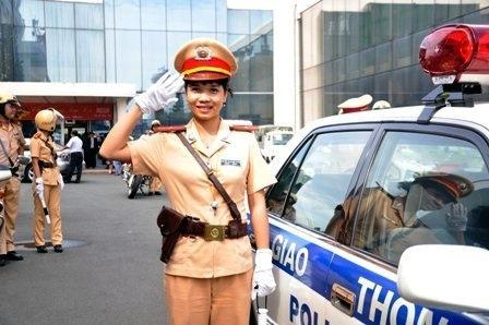 traffic police, policemen, smile, behaviour, hcm city