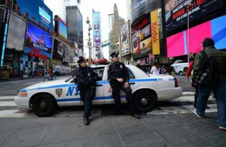 New Yorkers on alert but calm after Boston attacks