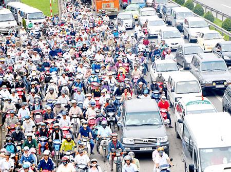 motorcycle, motorbike, transportation, traffic jam, personal vehicle