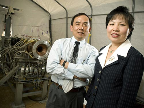 Vietnamese people succeed at NASA