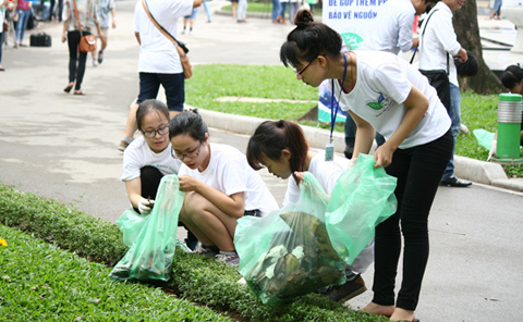 Vietnam responds to the Earth Day