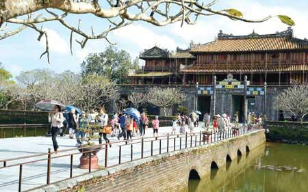 Hue hopes to revive tourism