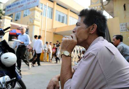 Viet Nam, new smoking laws, logos of tobacco producers