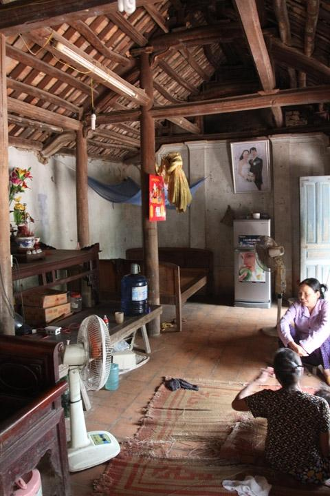 duong lam, ancient village, construction, cry for help, relic